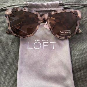 NWT Loft Tortoiseshell Sunglasses
